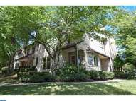 48 Woodstream Dr Chesterbrook PA, 19087