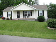 107 Boone Dr Hodgenville KY, 42748