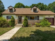 208 Eastwood Ave Deer Park NY, 11729