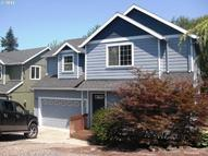 596 S. 12th St. Saint Helens OR, 97051