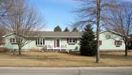 905 12th St S Brookings SD, 57006