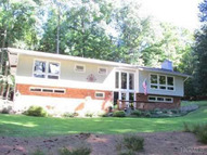 60 Lake Pleasant Dr Staatsburg NY, 12580
