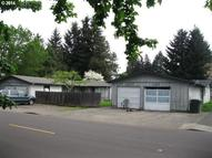 452 S Locust St Canby OR, 97013