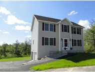 28 Lavender Ln Manchester NH, 03109