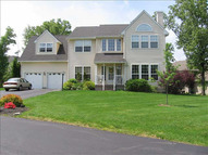 17 Alder Way Wappingers Falls NY, 12590