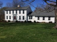 147 Porter Hill Rd Middlebury CT, 06762