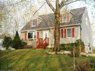 7 James Street Jewett City CT, 06351