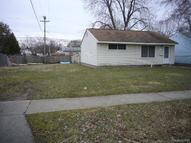 81 W Hopkins Avenue Pontiac MI, 48340