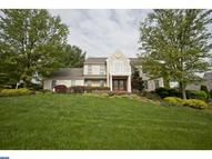 4 Dara Cir Broomall PA, 19008