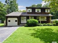 9 Imperial Ct East Northport NY, 11731