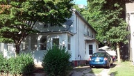 20 Clover Court New London CT, 06320