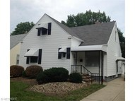 451 East 272nd St Euclid OH, 44132