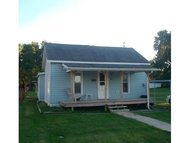 505 W Third Saint Elmo IL, 62458