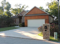 608 Crossing Drive Branson West MO, 65737