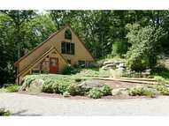 73 Wolf Rock Rd Exeter RI, 02822