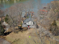 93 Twin Coves Dr Moneta VA, 24121