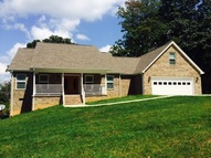 227 Mountain Shadow Evensville TN, 37332