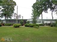 45 Jeni Wright Ln Brooklet GA, 30415