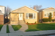 7835 South Christiana Avenue Chicago IL, 60652
