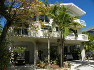27 South Dr. Key Largo FL, 33037