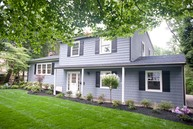28 Highpoint Road Lincroft NJ, 07738