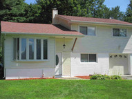 4 Simmons Dr Staatsburg NY, 12580