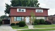 7411 West Mulford Street Niles IL, 60714