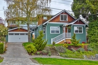 342 Ne 59th Street Seattle WA, 98105