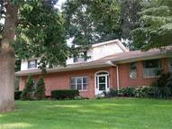 3150 Dowling Dr Akron OH, 44333