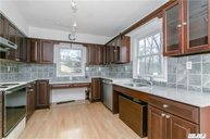28 Bellview Ave Brookhaven NY, 11719