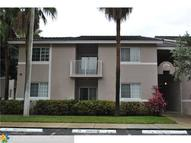 3261 Sabal Palm Mnr 106 106 Hollywood FL, 33024