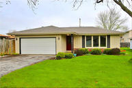 5710 Carriage Hills Dr Mount Pleasant WI, 53406