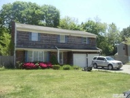 6 Willow Pl Lake Ronkonkoma NY, 11779