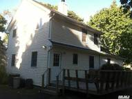 108 Brookfield Ave Center Moriches NY, 11934
