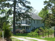 1051 High Mountain Grove MO, 65711