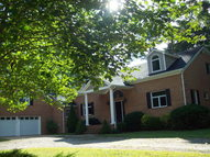 391 Chapel Neck Road North VA, 23128