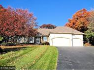 2561 Hillwood Drive E Maplewood MN, 55119