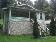132 Brookside Lane Pax WV, 25904