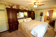 3913 Red Leaf Ct Point Of Rocks MD, 21777
