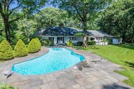 40 Horse Hollow Ct Locust Valley NY, 11560