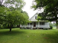 620 E Spring St Bloomfield IN, 47424