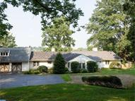 613 Glendale Rd Newtown Square PA, 19073