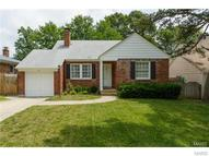 824 Blossom Lane Saint Louis MO, 63119