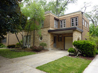 9026 South Claremont Avenue Chicago IL, 60643