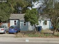 1160 Q St Springfield OR, 97477