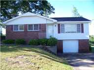 414 Edwards Dr Fort Deposit AL, 36032