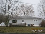 982 Collins Rd. Little Hocking OH, 45742