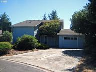 2260 10th St Florence OR, 97439