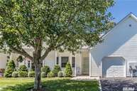 58 Oyster Cove Ln 58 Blue Point NY, 11715