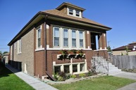 6204 South Keating Avenue Chicago IL, 60629